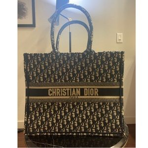 Dior oblique book tote bag